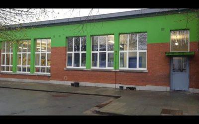 Pose de châssis alu dans une école à Liège (Chênée)