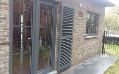 Châssis portes et fenêtres PVC RAL 7012 à Saive (Liège)